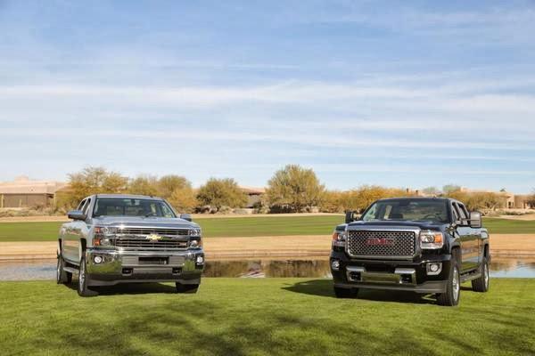 Chevrolet Silverado HD and GMC Sierra HD Pivtures