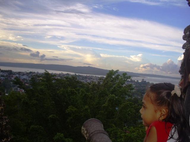 Menikmati Senja Indah Pulau Buton