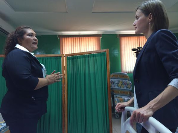 Queen Letizia of Spain visited a family health center in the municipality of Jiquilisco