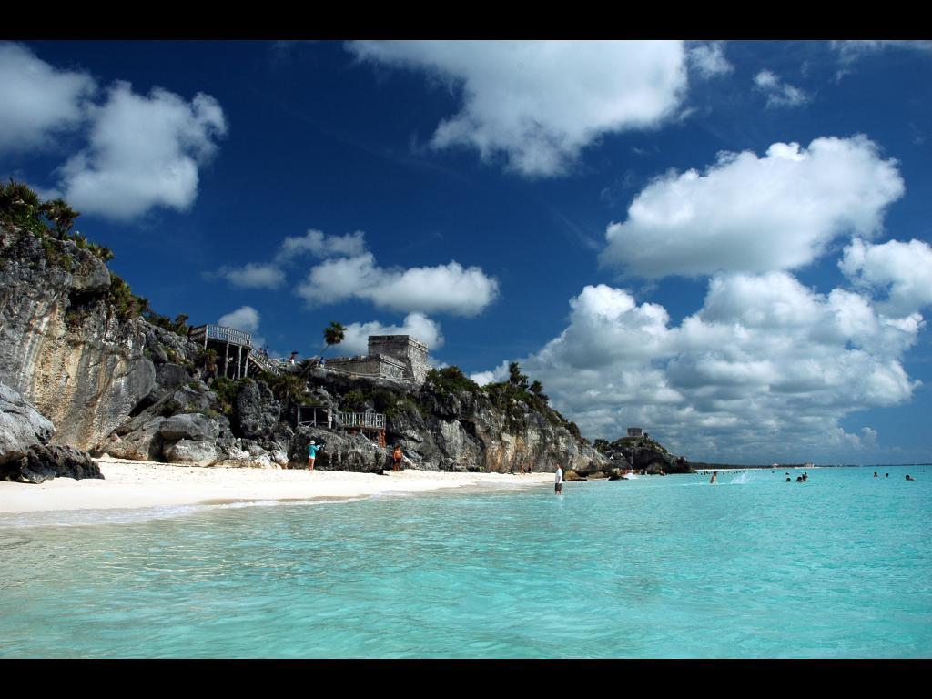 Top du meilleur les plus belles iles et plages du monde for Agence cap paysages