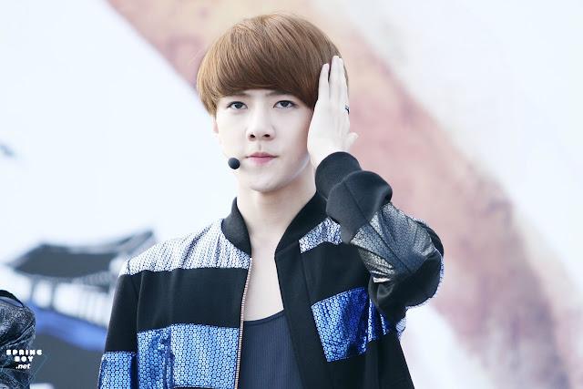 [PICTURE] EXO-K at Korea Golden Bell Concert Photo Download