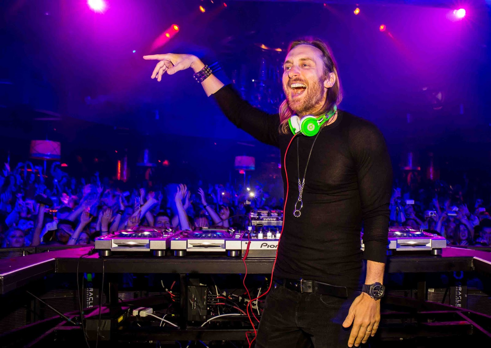 david guetta The official youtube channel for david guetta all your favorite music videos, lyric videos, documentaries, and behind-the-scenes access in one location mak.