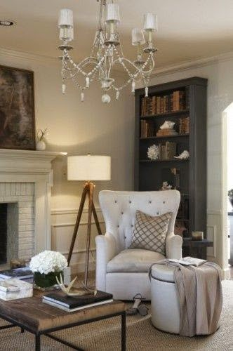 traditional neutral living room design