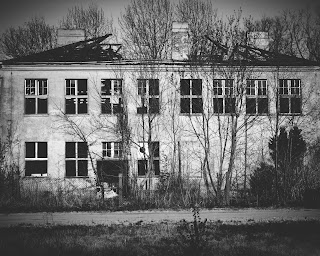 empty building (17)