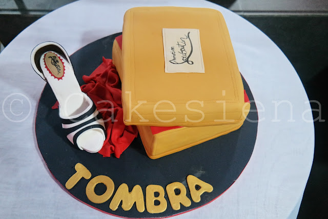 louboutin, christian louboutin, shoe cake, louboutin cake, designer cakes, cakesiena, cakes in nigeria, nigerian cake