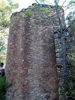 Vista externa de la tina de L'Olleret