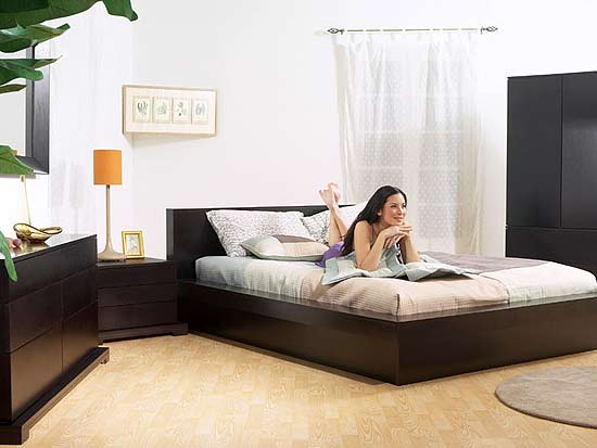 Modern bedroom set is fast