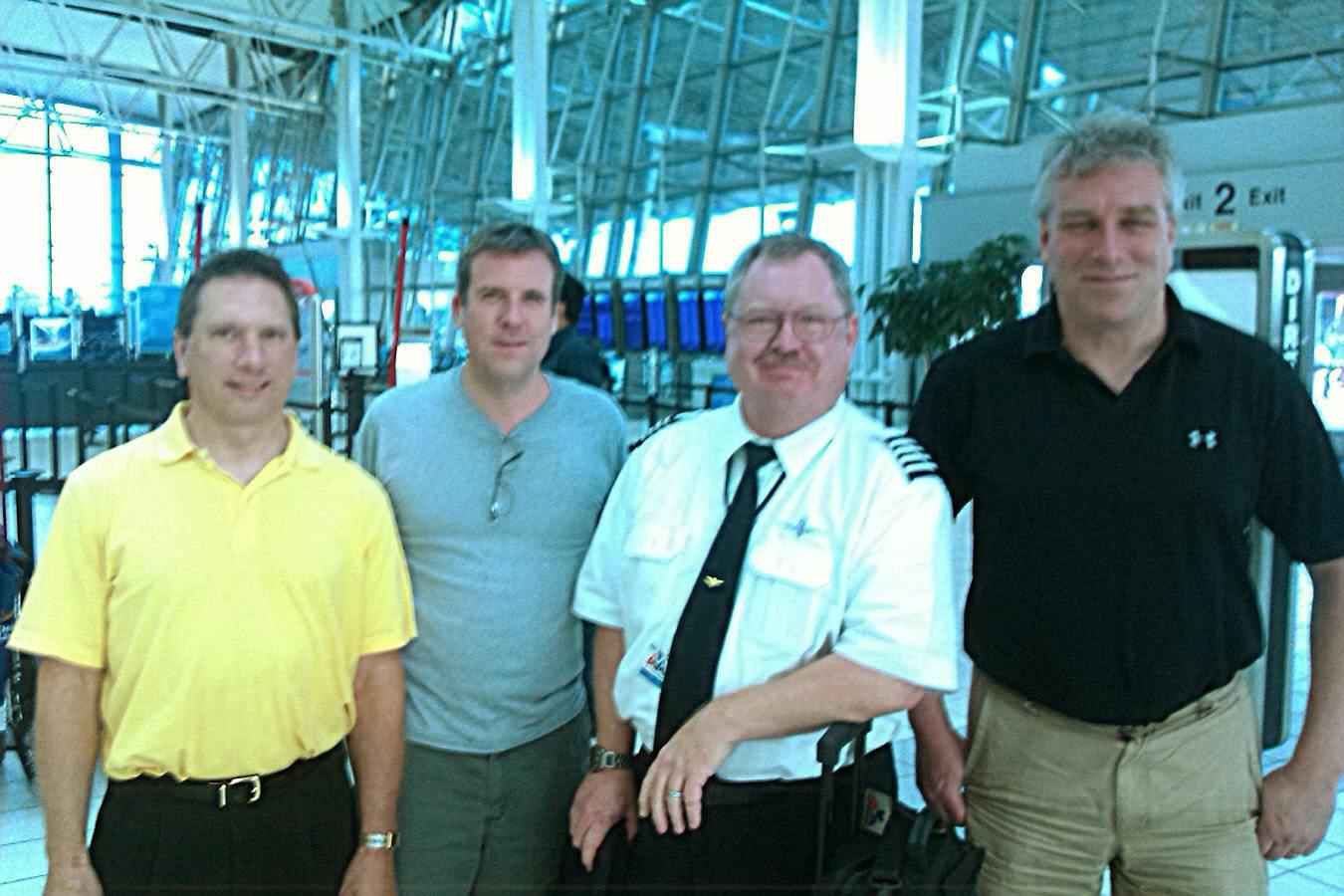 TWA+at+airport.jpg
