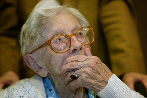 wanita tertua
