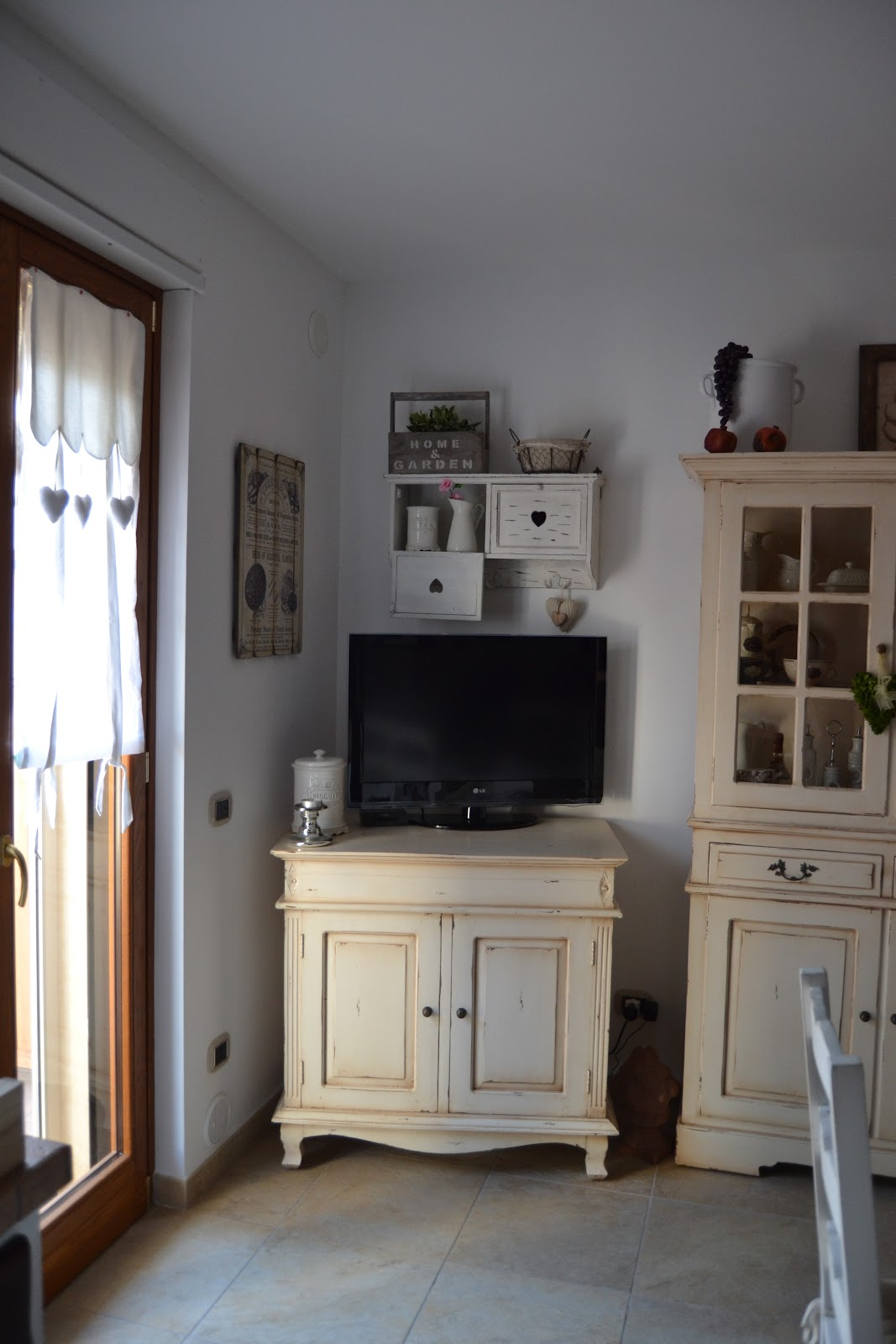 Shabby & Country Life: Shabby... un angolo in cucina