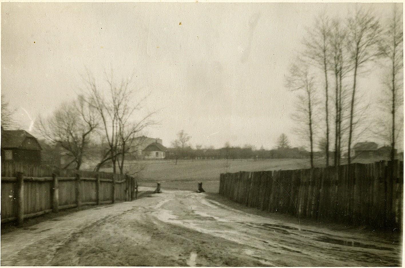 Browary, mostek. Fotografia z lat XXX dwudziestego wieku w zbiorach KW.