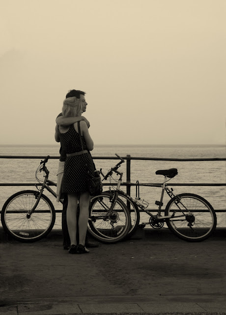 eastbourne seafront couple