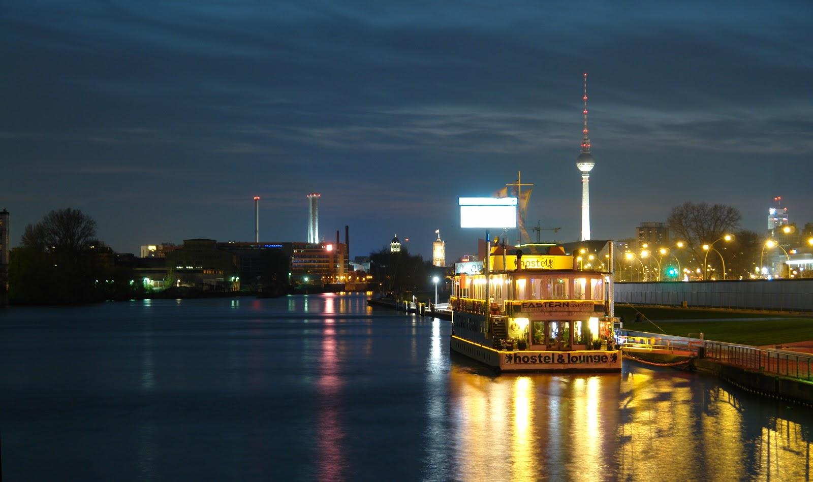 Les 6 hotels insolites de berlin pour un voyage pas comme for Hotel insolite
