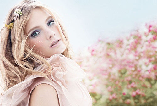 Estee Lauder Pleasures Flower Fragrance Campaign Spring 2014 featuring Constance Jablonski