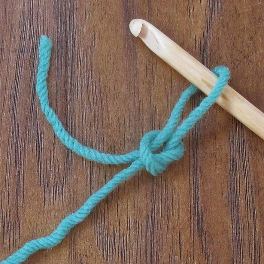 Crochet Slip Knot Tutorial : ReCrochetions: Tutorial Tuesday:Reverse Slip Knot