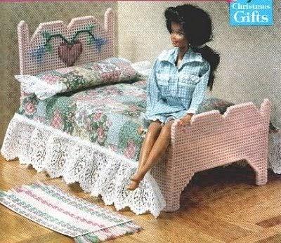 Cama rom ntica de barbie labores de esther todo para barbie for La casa de mi gitana muebles