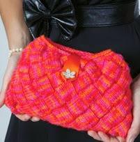 http://www.letsknit.co.uk/free-knitting-patterns/glamorous_evening_clutch