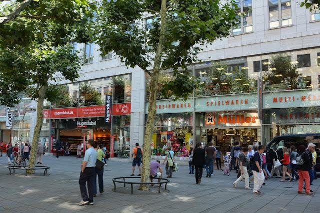 Königstrasse Stuttgart shopping Muller
