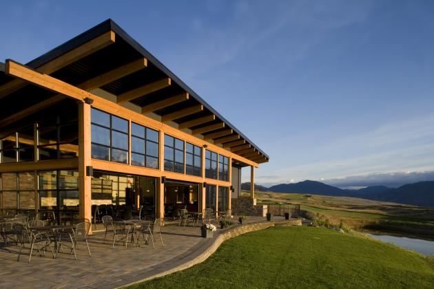 Tobiano golf clubhouse by a k a architecture housevariety for Clubhouse architecture design