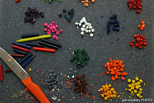 Persnickety Plates: DIY Shaped Crayons