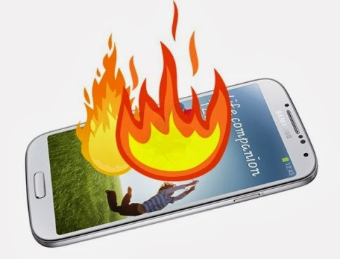 Samsung Galaxy S4 terbakar