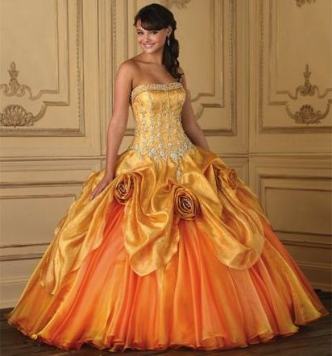 Colección vestidos de 15 años