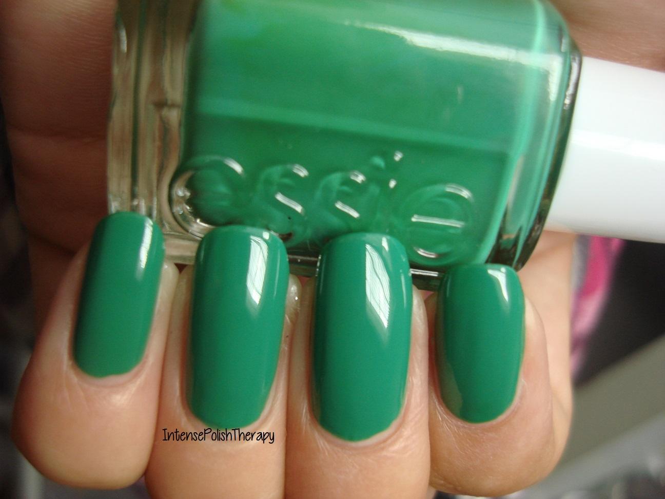Essie - Pretty Edgy