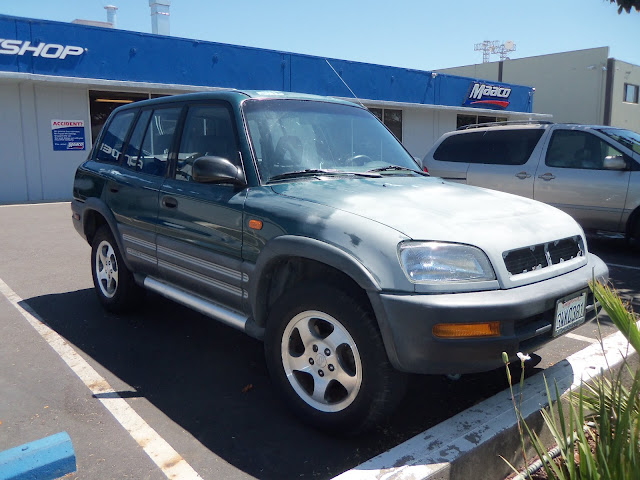 Almost Everything's Car of the Day is a 1997 Toyota Rav4