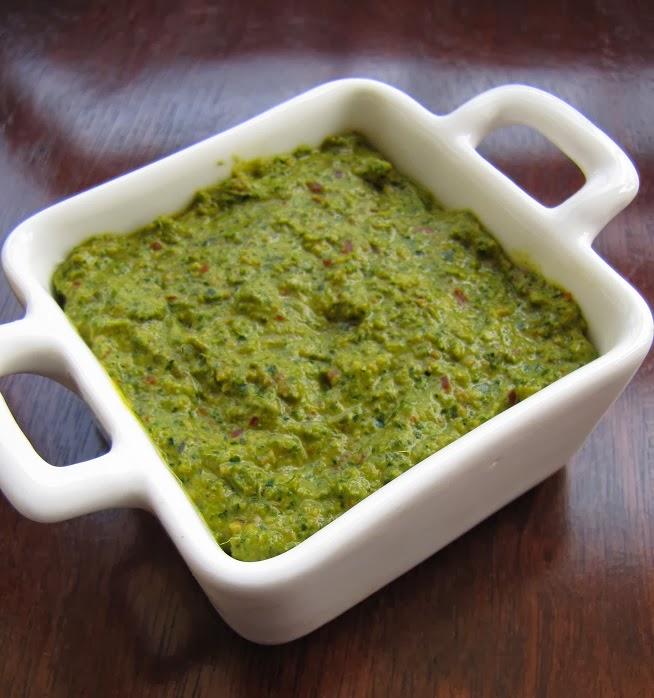 Healthy And Tasty Curry Leaf Chutney / Karivepaku Pachadi