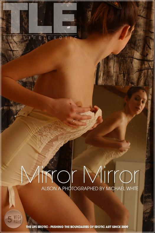 RspmEkXAc 2013-02-20 Alison A - Mirror Mirror 09270