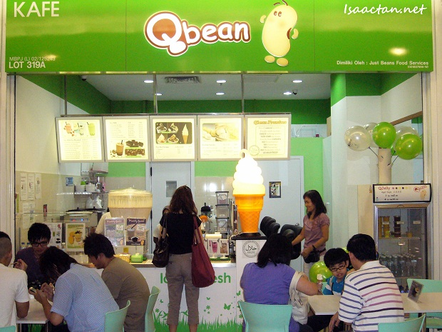 QBean Cafe 1 Utama