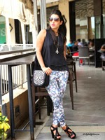 http://www.stylishbynature.com/2014/08/fall-trend-how-to-style-ponte-pants.html