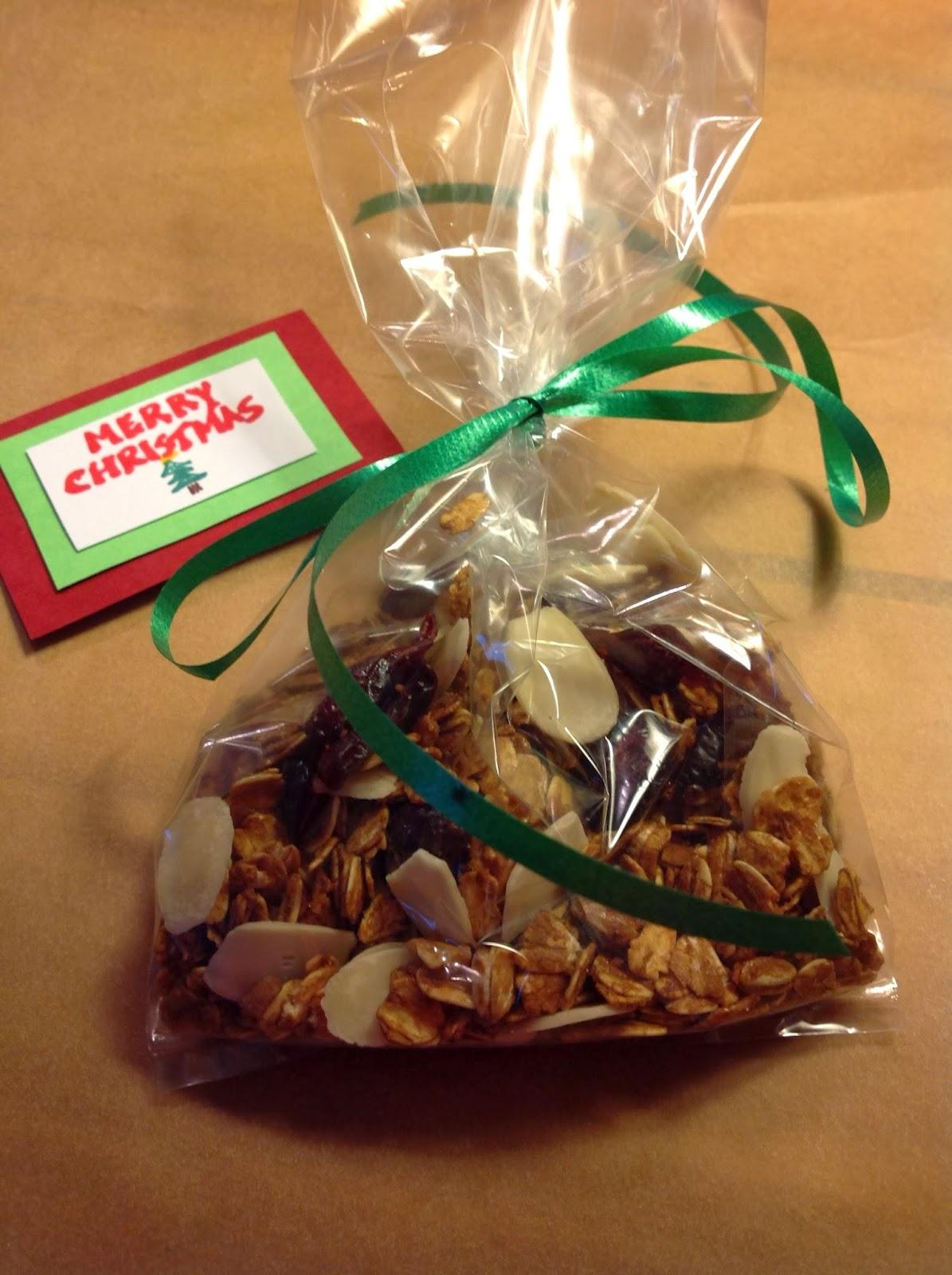 Cranberry Almond Granola - Christmas Gift