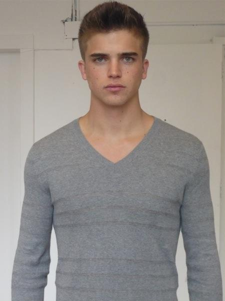 ultimas fotos: River Viiperi el novio de Paris hilton