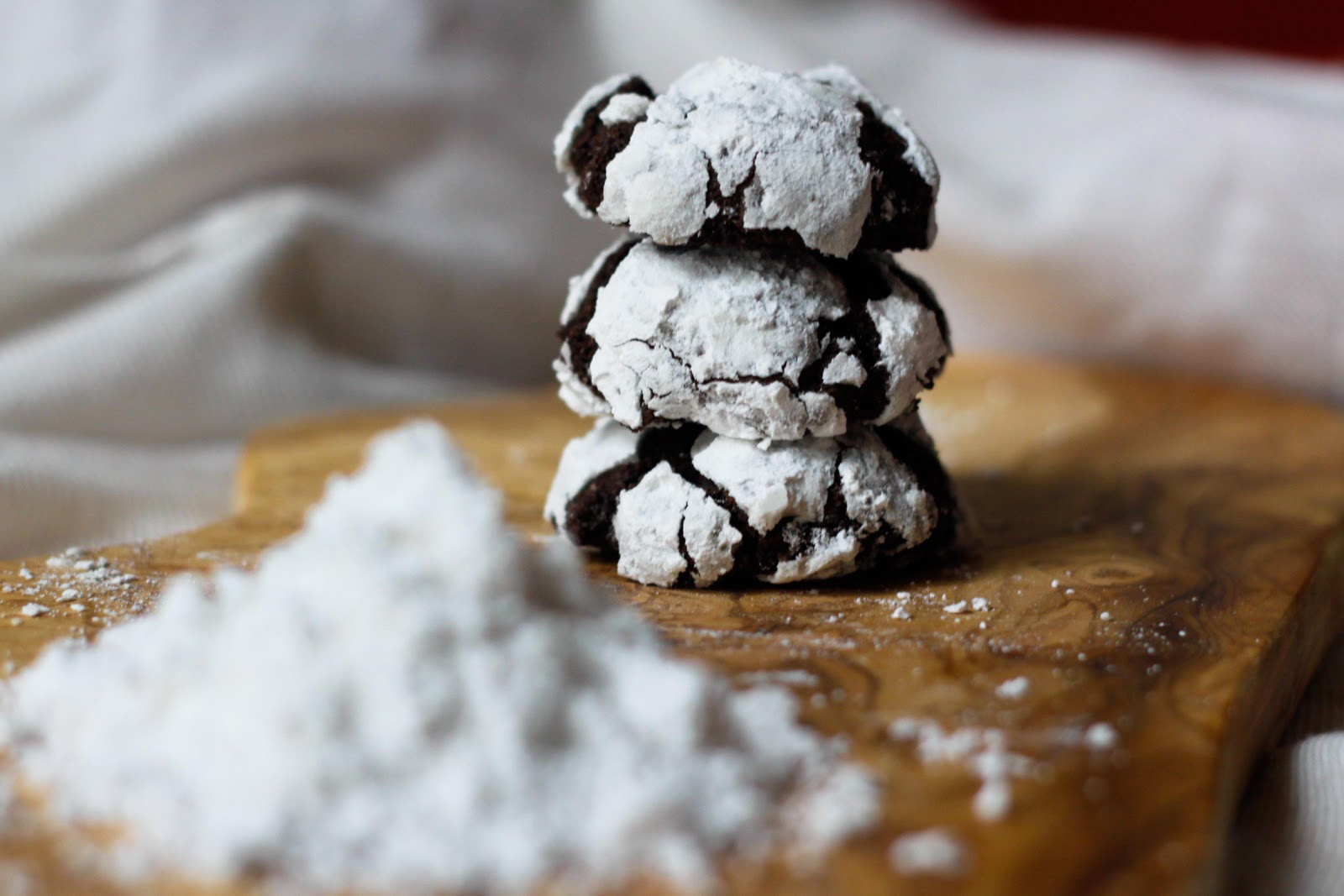 Gooey Chocolate Crinkle Cookies Recipe — Dishmaps