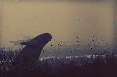 """""""Invadido por Pequenos Alienígenas"""": O Incrível Mundo Criado por Dmitry Maximov"""