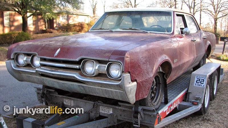 Scott Johnson hauled his latest find to Junkyard Life headquarters in Alabama.