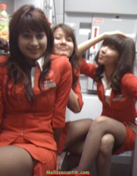 Cute Indonesian Stewardess New Photo Gallery 2013