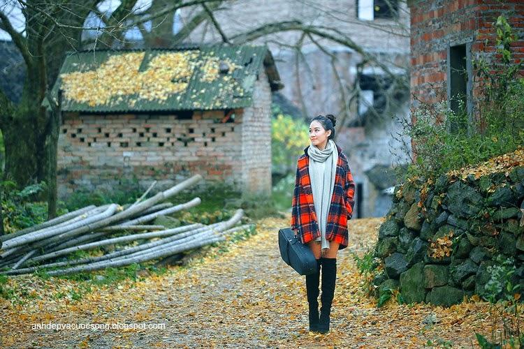 Thiếu nữ dao phố mùa thu 6