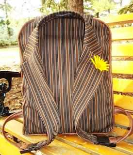 Стильный рюкзак из старого пиджака