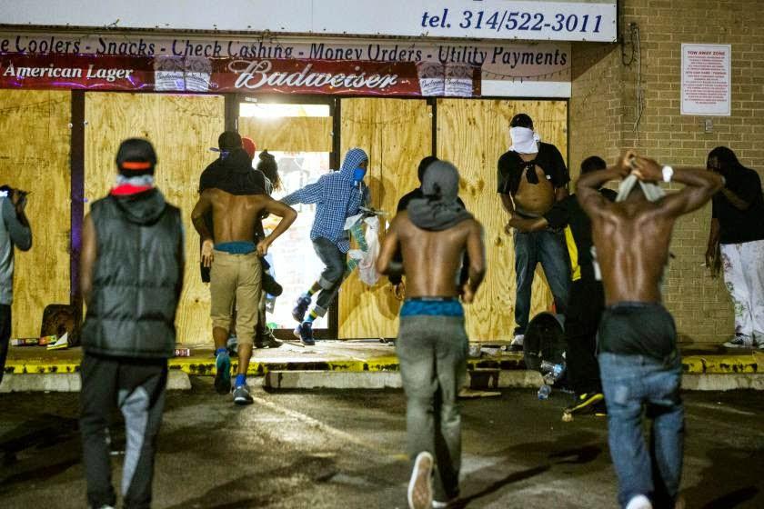 http://2.bp.blogspot.com/-dtn-XqsXdBA/U-8xHO2-b2I/AAAAAAAARzw/RqcOs1pT2KQ/s1600/shooting-protests_97702647.jpg