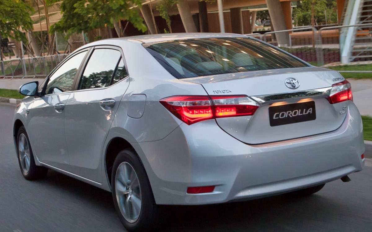 Toyota Corolla 2015 Fotos Pre 231 Os E Itens Das Vers 245 Es