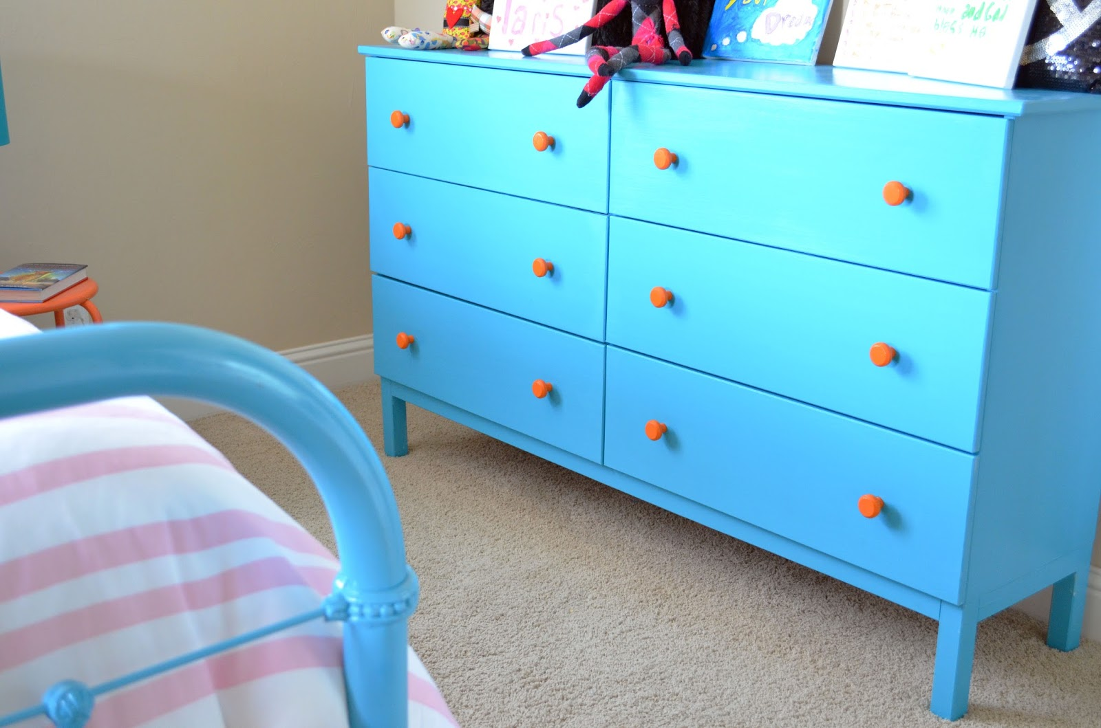 Stacy + Charlie: turquoise, pink, and orange bedroom install
