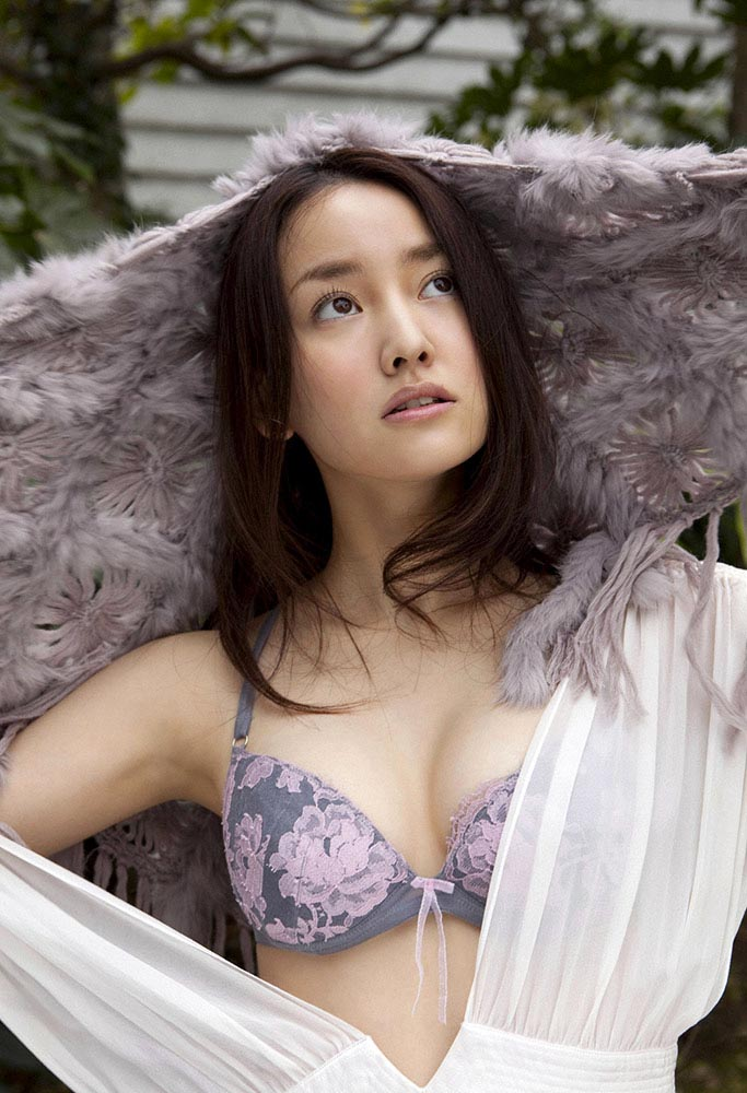 natsuko nagaike sexy lingerie photos 09