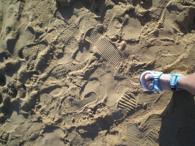 следы на египетском песке