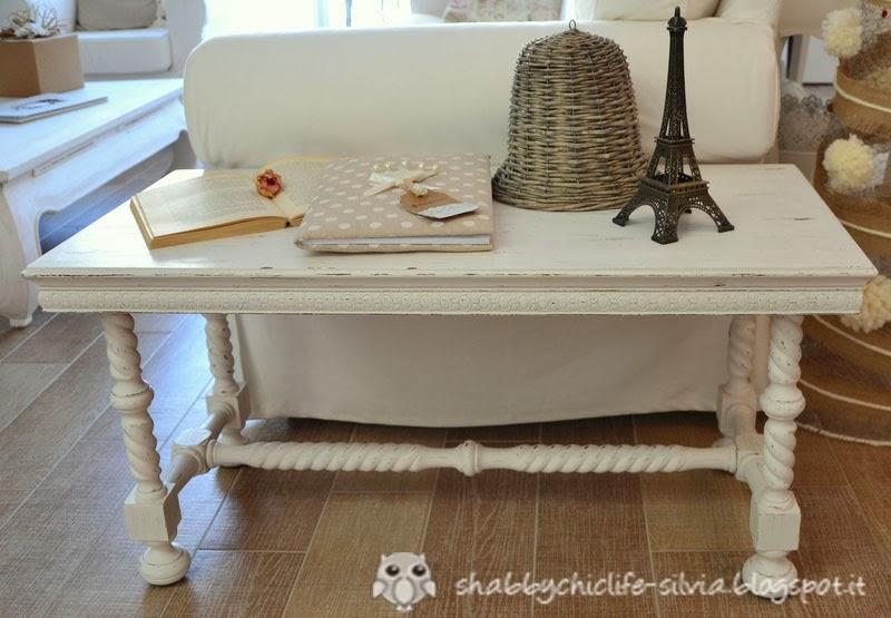 il tavolino per il divano