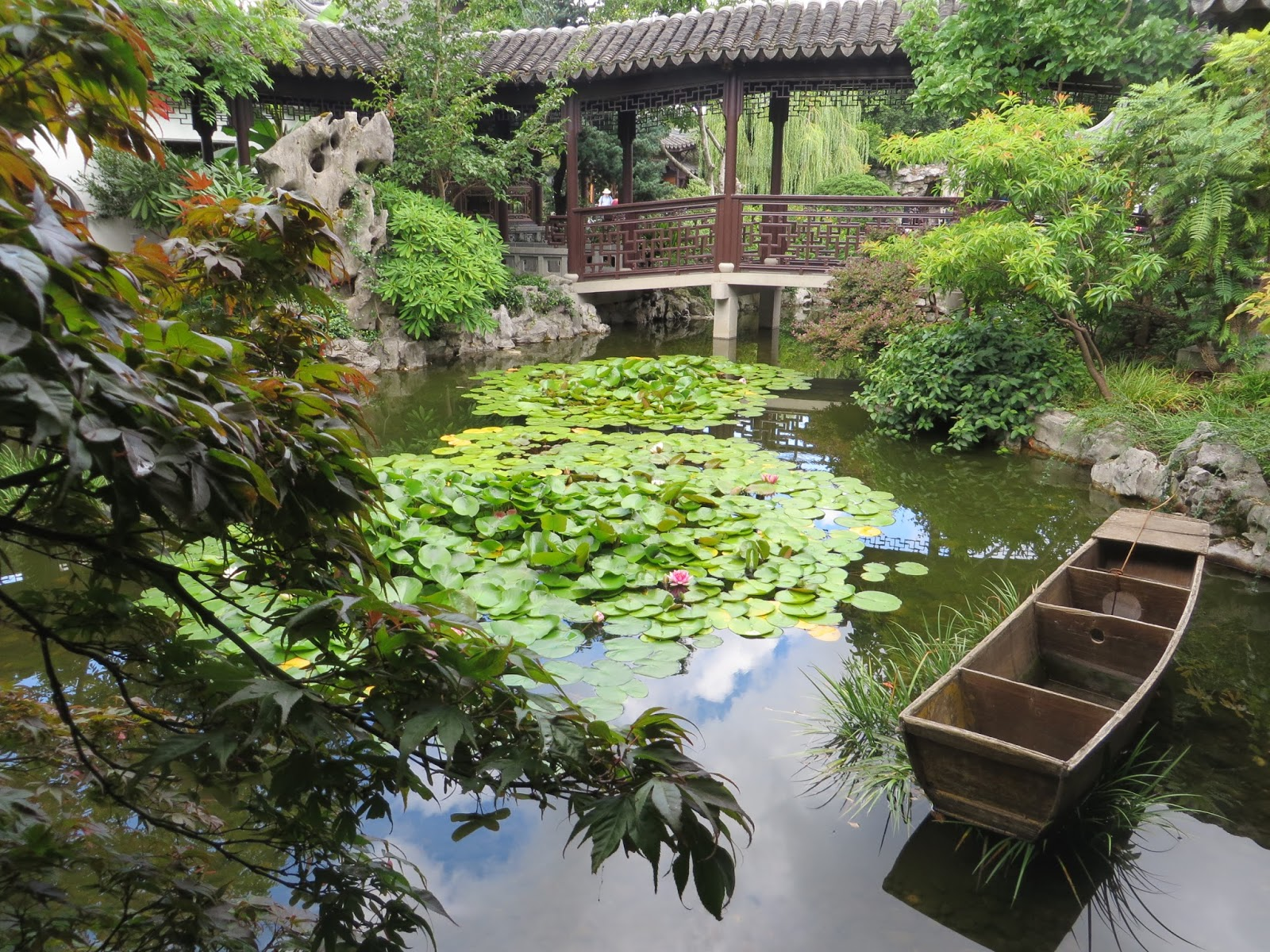 the walled garden features over 300 plant species found traditionally in china and some from the pacific northwest heres a pdf of the plants typically - Chinese Garden Portland