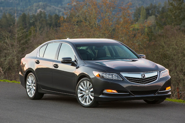 Front 3/4 view of the 2014 Acura RLX