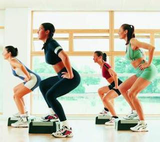 Mengontrol berat badan melalui olahraga dan aktivitas fisik