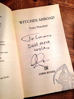 Terry Pratchett signature